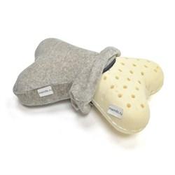 Подушка-рогалик ортопедическая для путешествий из латекса ТОП-209 со стянутой наволочкой